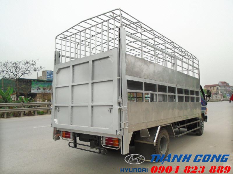 Xe Chở Gia Súc Hyundai HD120SL 8.5 Tấn Thùng Dài