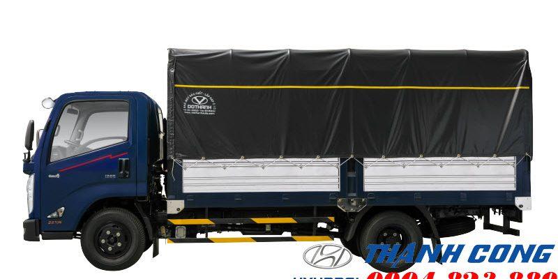 Giá xe tải IZ65 2.5 Tấn Gold Thùng Mui Bạt