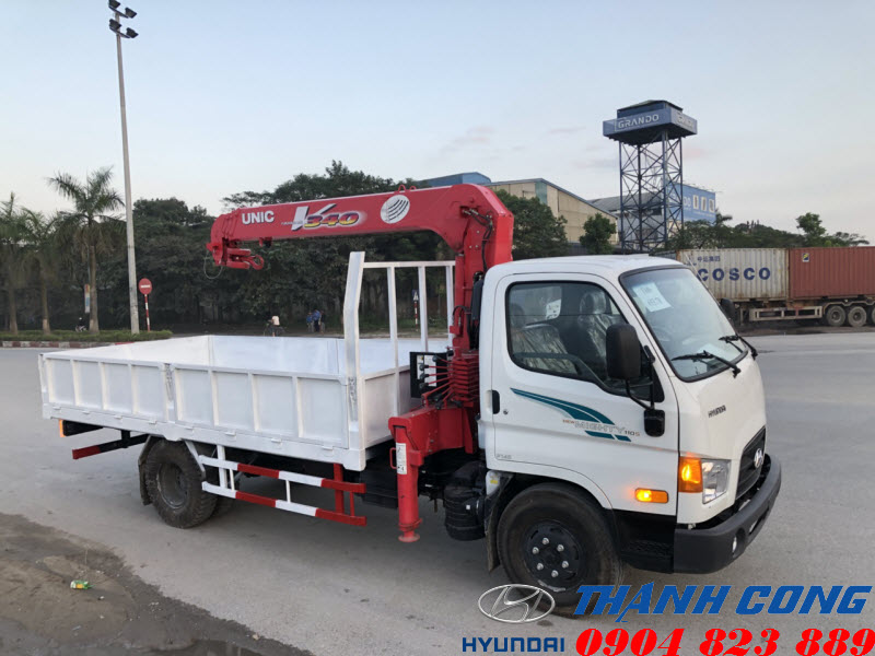 Xe tải Hyundai 110S 7 Tấn gắn cẩu UNIC UR-V344 3 Tấn 4 Khúc