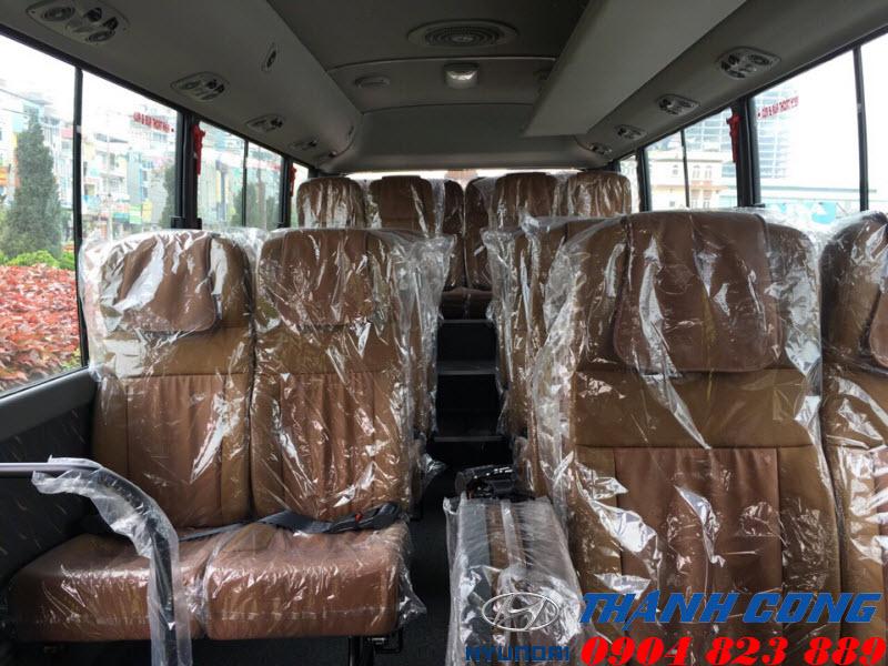 Xe khách Hyundai County One Đồng Vàng Thân Dài 29 Chỗ