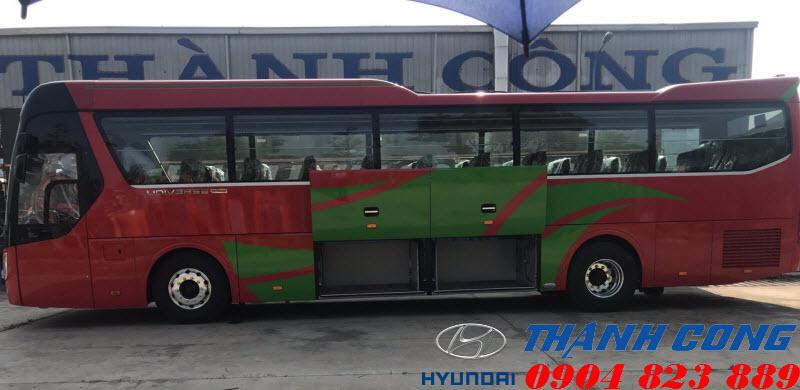 Xe khách Universe 47 chỗ Premium 410 Thành Công
