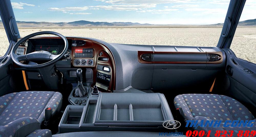 Xe tải Hyundai HD320 19 Tấn 4 Chân Nhập Khẩu