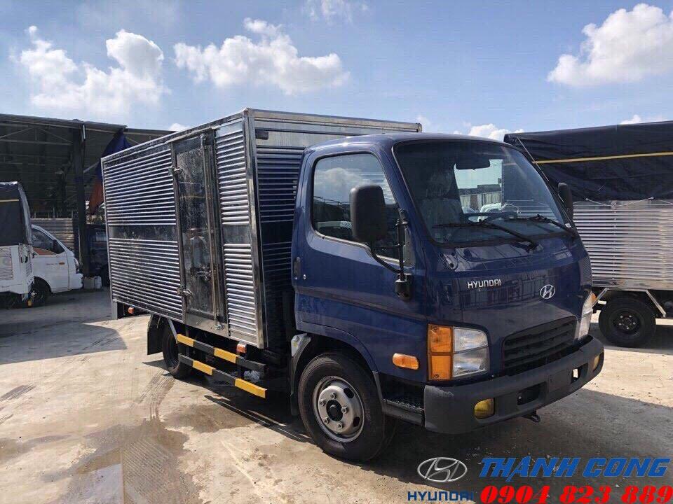 Hyundai N250SL Thùng Kín INOX Dài 4m3