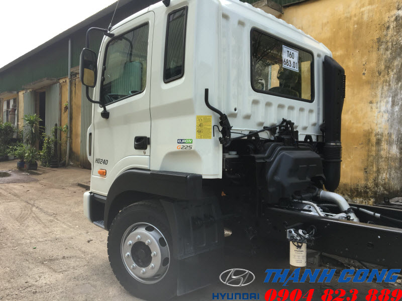 Hyundai HD240 16 Tấn Nhập Khẩu