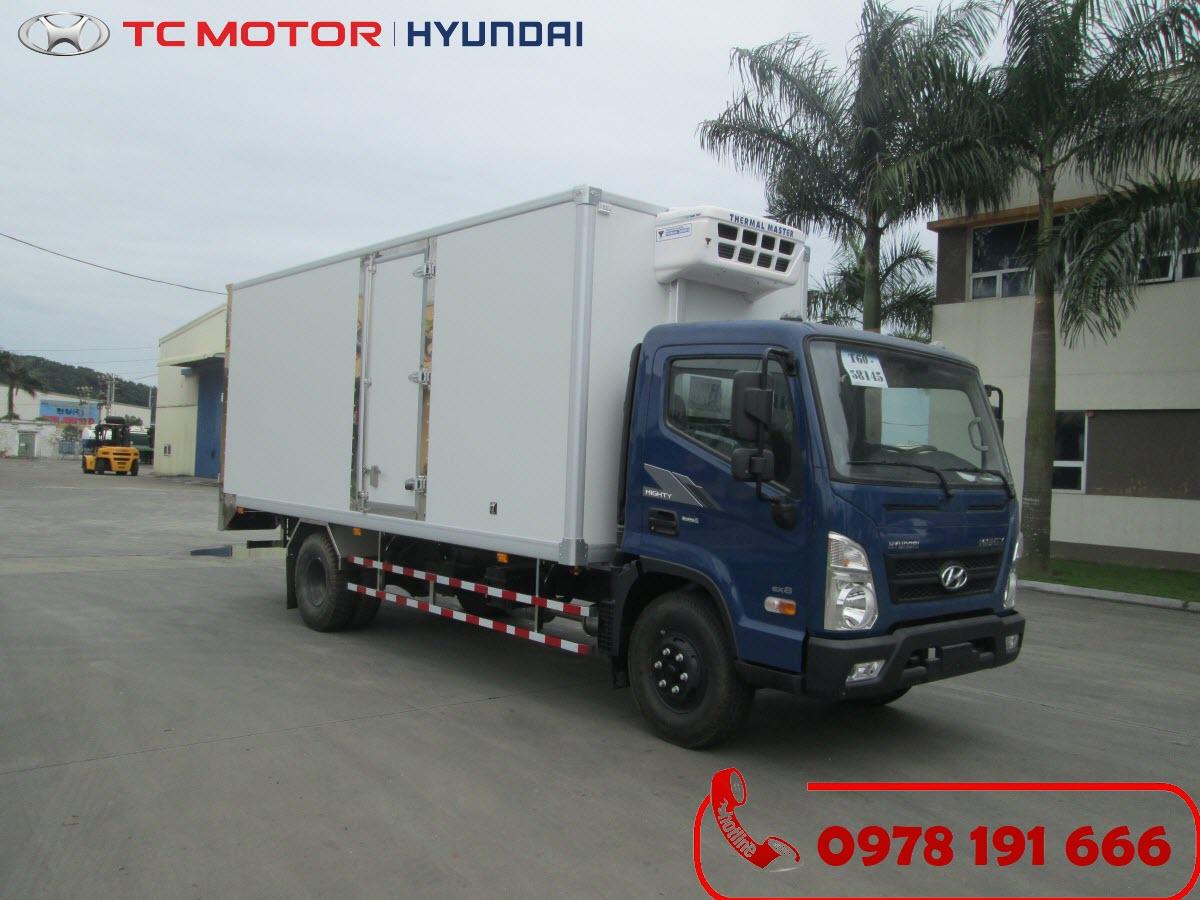 Xe tải Hyundai Mighty EX8 Thùng Đông Lạnh 7 Tấn